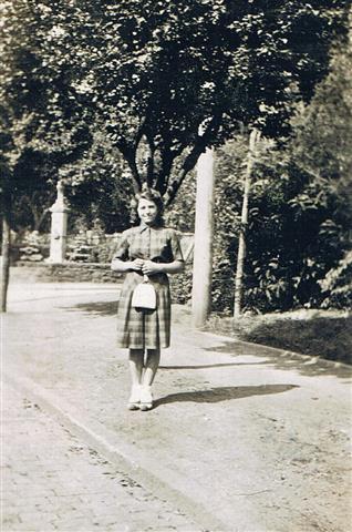 Rosellenplatz 1944 (Foto von Anni Hinz)