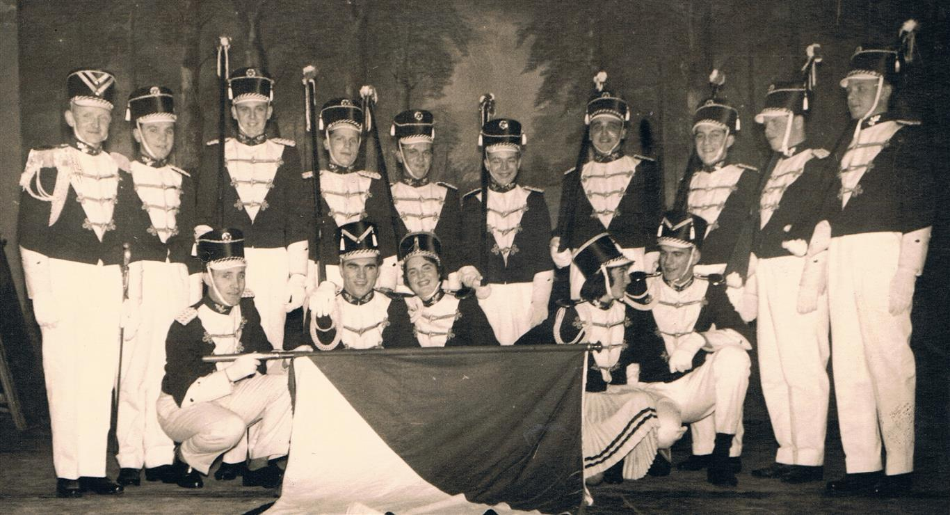 Husaren-Tanzchor der KG Blau-Weiss Fischenich 1957 (Foto von und mit Jakob Klug)